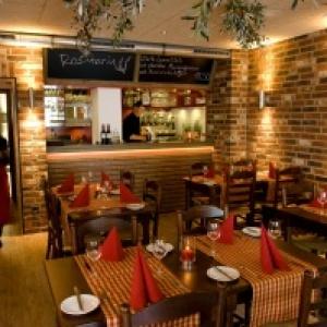 Restauranteinrichtung – Stuhlmodell Ammerland ( geänderter Kopf)