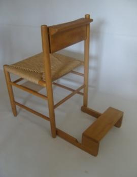 Kirchenstuhl mit klappbarer Betbank_2